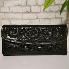 WOMEN'S WALLET, Large, Handmade, Embossed, for Cards, with Zipper, Boho by aymxleather on Etsy Handmade Wallets, Handmade Handbags, Braided Leather Belt, Large Wallet, Wallets For Women Leather, Brown Purses, Leather Design, Cowhide Leather, Leather Wallet