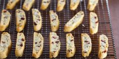 This recipe makes biscotti that are crisp but tender. Anna Olson, Fresh Cranberry Recipes, Apple Recipes, Cookie Recipes, Wing Recipes, Healthy Recipes, Cranberry Almond Biscotti, Almond Biscotti Recipe, Almond Cookies