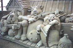 Sculptures | click here for: The Sandtastic sand sculpting process