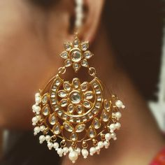 Now this gorgeous kundan earrings is of Rs 1592 only. Biggest sale. Original price: Rs 1990/-❌ Discounted price: Rs 1592/-✔ To order DM or WhatsApp on 08866425684