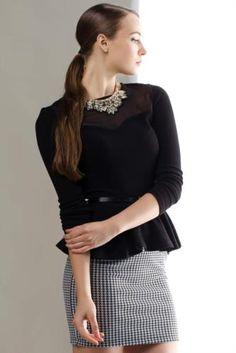 Tasarımı ve rahat kalıbı ile her bayanın mutlaka dolabında olması gereken, her renk pantolon ve etekle kolayca kombinlenebilen DeFacto bayan trend bluz.