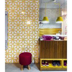 Lurca Azulejos   Azulejos Polvo Amarelo no projeto do @andreamurao   Polvo Yellow - Ceramic Tiles // Shop Online www.lurca.com.br #azulejos #azulejosdecorados #revestimento #arquitetura #reforma #decoração #interiores #decor #casa #sala #design #cerâmica #tiles #ceramictiles #architecture #interiors #homestyle #livingroom #wall #homedecor #lurca #lurcaazulejos