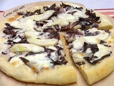 Pizza radicchio taleggio e pere