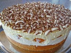 Geheime Rezepte: Rittersporttorte Definitely worth trying! One of my favorites when it comes to quick-and-easy-cakes Sweetly Cake, Cookie Recipes, Snack Recipes, German Baking, Sport Cakes, Fall Desserts, Food Cakes, Cream Recipes, Cheesecakes