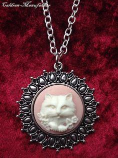 Kette+Katze+Alice+Rosa+Weiß+Gemme+Silber+von+Caldren-Manufaktur+auf+DaWanda.com
