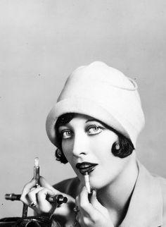 Joan Crawford photographed by Clarence Sinclair Bull, 1927