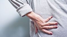 Up to 30 percent of people who have psoriasis develop psoriatic arthritis. Here's why diagnosing psoriatic arthritis early is key, and what symptoms to watch for. Chronic Lower Back Pain, Neck And Back Pain, Low Back Pain, Chronic Pain, Hip Pain, Neck Pain, Rheumatoid Arthritis Treatment, Fashion Styles