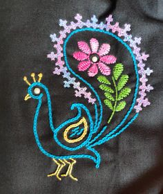 Hand Embroidery Videos, Hand Work Embroidery, Embroidery Transfers, Hand Embroidery Stitches, Vintage Embroidery, Embroidery Dress, Handmade Embroidery Designs, Hand Work Design, Kutch Work Designs