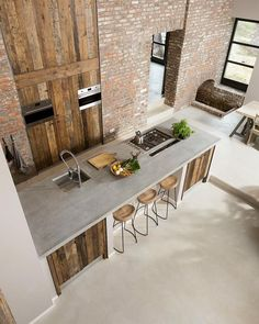 Concrete Countertops in Industrial Kitchen with Exposed Brick Walls and Rustic Wood Panels via @cavainterieur Beautiful Kitchen Designs, Contemporary Kitchen Design, Beautiful Kitchens, Rustic Contemporary, Modern Design, Barn Kitchen, Rustic Kitchen, Warehouse Kitchen, Kitchen Brick