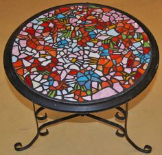 Drunken Table by SMA member 2010. #bistrotable #seattlemosaicarts #mosaics #mosaictable