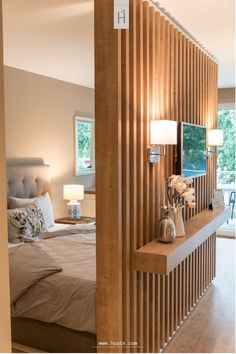 Optimally furnish a small apartment: 3 trend furnishing tips Room partition de . - Optimally furnish a small apartment: 3 trend furnishing tips Room partition designs, Living room pa - Living Room Partition Design, Room Partition Designs, Wood Partition, Furnished Apartment, Apartment Interior, Apartment Living, Apartment Inspiration, Bedroom Inspiration, Design Inspiration
