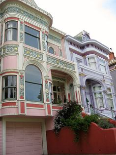 Awesome!!!!! Victorians in SF, photo by Madonova