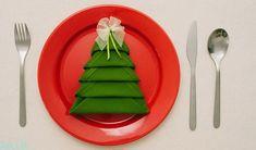 Slik forvandler du servietten til et juletre på 1-2-3