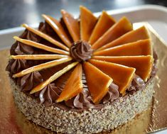 Tort Dobos reteta originala | Savori Urbane Peach Yogurt Cake, Sweets Recipes, Cake Recipes, Dobos Torte Recipe, Hungarian Desserts, Kolaci I Torte, British Baking, Romanian Food, Pastry Cake