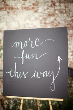 Wedding Signage - aimed down the stairs fall wedding inspiration / october 2018 wedding / wedding ideas fall autumn / wedding ideas autumn / fall wedding ideas colors Fall Wedding Colors, Autumn Wedding, Floral Wedding, Blackboard Wedding, Wedding Signage, Chalkboard, Wedding Reception, Wedding Images, Wedding Tips