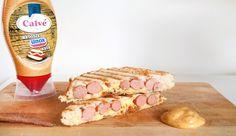 Recept voor tosti met knakworst en nog twee ingrediënten én Clavé Broodje Unox Saus. LEKKER! #gewoonwateenstudentjesavondseet