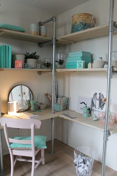 Awesome industrial-chic home office desk and shelves. Built using tube and fittings. Home Office Space, Home Office Design, House Design, Office Desk, Room Decor Bedroom, Girls Bedroom, Maker, Diy Interior, Inspired Homes