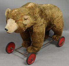 Large Antique Steiff Bear on Wheels...
