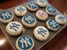 New York Yankees Cupcakes