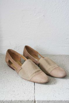 Beige Leather Cutout Sandals by weltenbuerger on Etsy