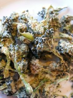 RAW DEHYDRATED BROCCOLI CHIPS
