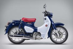 After announcing the return of the iconic Monkey mini-bike, Honda is bringing back another fun, compact retro bike, the Super Cub! The popular Super Cub bike is one of the most recognizable bikes in the world, but in the U.S the model was discontinue