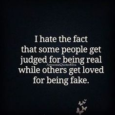 New quotes friendship fake friends truths ideas Quotable Quotes, Wisdom Quotes, True Quotes, Words Quotes, Wise Words, Funny Quotes, Sayings, Quotes On Karma, New Quotes