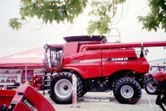 Good picture of CaseIH 7120.415/360hp. 315 bushels