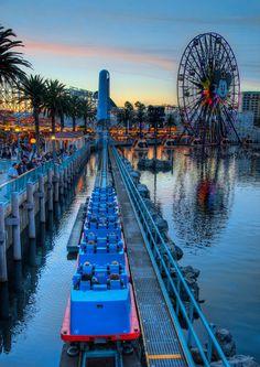 California Screamin - Disneyland - CA Disney Parks, Disney Fun, Walt Disney, Disney Tips, Disney Magic, Parc Disneyland, Disneyland Resort, Disney California Adventure, Disney Aesthetic