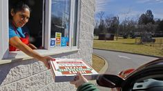 FDA: Chemical in pizza boxes may cause cancer, birth defects | abc7news.com