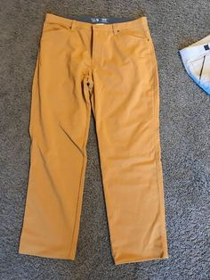 f16650282c4f20 MOUNTAIN HARDWEAR MEN S Burnt orange nylon PANTS 40 34 lightly used   fashion  clothing