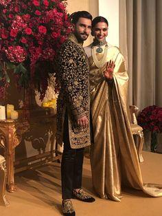 Deepika Padukone n Ranveer Singh at her Wedding Reception 🤴👸😍❤ Indian Groom Wear, Indian Attire, Indian Wear, Indian Outfits, Deepika Padukone Saree, Deepika Ranveer, Ranveer Singh, Indian Wedding Gowns, Indian Bridal