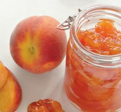 We made this delicious jam Stone Fruit Preserves - Made with peaches, but you can also substitute unpeeled plums or nectarines. Peach Preserves, Fruit Preserves, Peach Jam, Peach Jelly, Peach Fruit, Fruit Jam, Fresh Fruit, Salsa Dulce, Canned Peaches