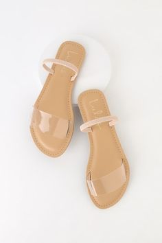 The Lulus Griffith Nude Flat Sandals are the perfect pick-me-up! A trendy clear vinyl toe band and elasticized sling-back strap shape these go-to sandals. Nude Sandals, Sandals Outfit, Ankle Strap Sandals, Flat Sandals, Leather Sandals, Simple Sandals, Boho Sandals, Fringe Sandals, White Sandals