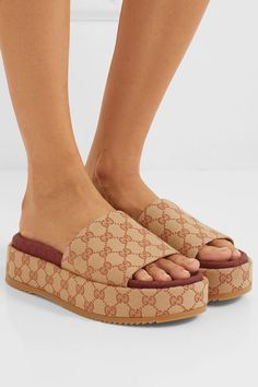 72f2ab31a Gucci Quilted slide sandal with Interlocking G Horsebit in 2019 | in style  | Sandals, Slide sandals, Cute outfits