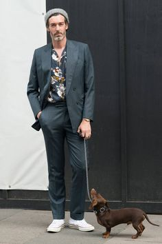 Best summer suits: If the sun's beating down, but you still need to wear a suit, don't sweat it. Here are the best summer suits for looking cool all sun season. Casual Suit Styles, Suit Fashion, Mens Fashion, Designer Suits Online, Summer Suits, Summer Men, Best Dressed Man, Burberry Men, Gucci Men