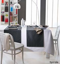 Découvrez la nappe SPIRALE, en 100% coton, made in France, www.lefildecharline.com Table Haute, Decoration Table, Dining Chairs, Furniture, Couleur Ecru, Home Decor, Motifs, Products, Oval Tablecloth