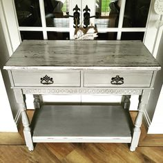 Beautiful chippy console table upcycled in Everlong Earl Grey and Porcelain. Very beachy and shabby!