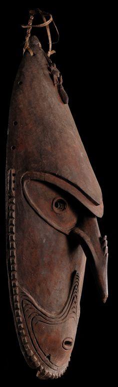 Mask from the lower Sepik or adiacent coastal area TRIBAL ART l KORTMANN