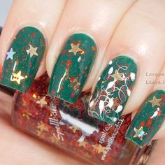 Christmas nails designs are supposed to instantly turn your mood into festive one and accompany you during the heart-warming days spent with your close ones nails nailart naildesign christmasnails Manicure And Pedicure, Gel Nails, Acrylic Nails, Nail Polish, Pedicures, Christmas Nail Designs, Christmas Nail Art, Christmas 2016, Spring Nail Trends