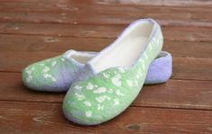 Women house shoes felted slippers wool slippers Spring by kadabros, $65.00