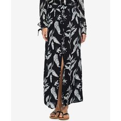 Roxy Juniors' Speed of Sound Printed Maxi Skirt ($43) ❤ liked on Polyvore featuring skirts, anthracite, white skirt, long white skirt, patterned skirts, button front skirt and floor length white skirt