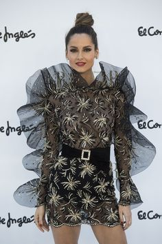 Los vestidos más espectaculares de la fiesta de 150 aniversario de Harper s  Bazaar. Lebrun · Ariadne Artiles. b9d326be5f0c