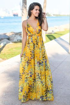 Get this pretty Yellow Floral Maxi Dress with Criss Cross Back from Saved by the Dress Boutique. This maxi dress features fabulous floral print with criss cross back detail! Women's Fashion Dresses, Boho Fashion, Fashion Looks, Womens Fashion, Street Fashion, Ladies Fashion, Fashion Ideas, Beautiful Maxi Dresses, Cute Dresses