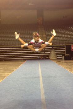 Amazing jumps!!! I REALLY WANT hyper extended jumps
