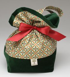 gift wrapping | ... Decluttering News: Simplifying the Holidays with Simpler Gift Wrapping