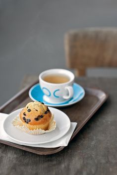 Chocolate Chip Muffin... and some more tea!   Flickr - Photo Sharing!