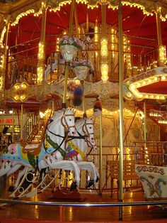 Then I win the lottery I'm gonna put a Carousel in my backyard!!