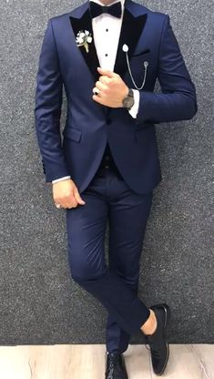Product : Slim-Fit vest tux Color code :blue Size Suit material: 70 Viscose, 30 Poly Machine washable : No Fitting :Slim-fit Remarks: Dry Cleaner Prom Suits For Men, Dress Suits For Men, Suit For Men, Blazer Outfits Men, Stylish Mens Outfits, Slim Fit Tuxedo, Tuxedo For Men, Groom Tuxedo Wedding, Wedding Tuxedos