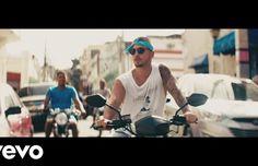 Maluma – Sin Contrato (Official Video)